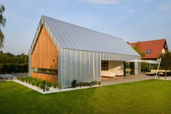 Inovações em painéis de cobertura de metal | TOH 2021 Modern Barnhouse