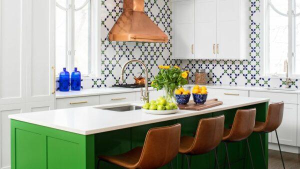 Antes e depois da cozinha: uma reforma inteligente e elegante da cozinha