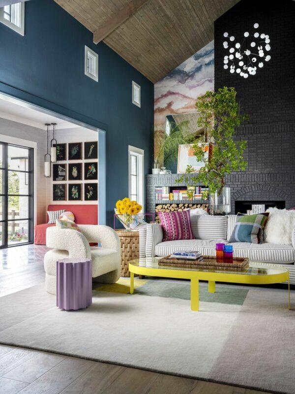 A zona de pouso: como Emilie Munroe fez uma sala de estar de 65 metros quadrados parecer aconchegante